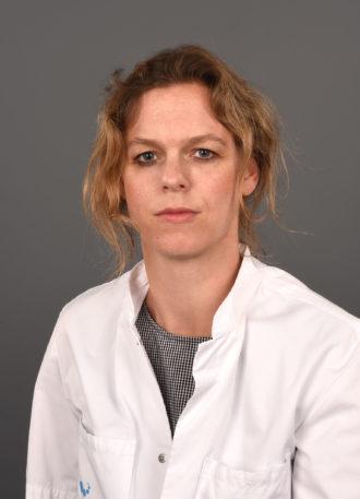 Drs. Eveline Blom
