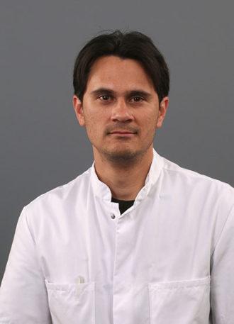 Dr. Darren I. Booi