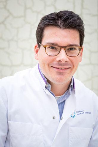 Dr. R. de Jongh