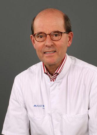 Drs. Piet L.A. van den Ende