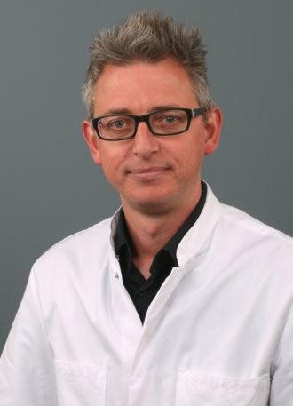 Dr. Toon van Gorp