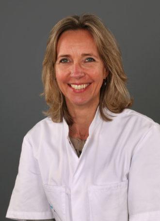 Dr. Monique M.H. Hochstenbag