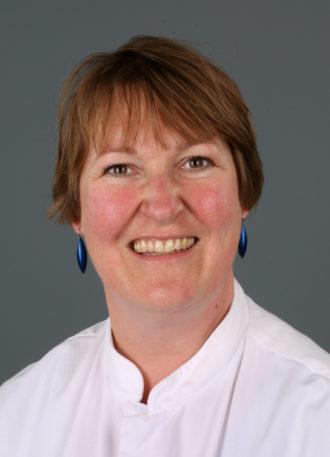 Drs. Chantal V. Hoge