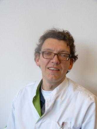 Dr. Jeroen van Essen