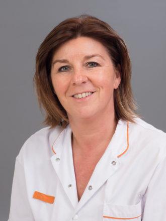 Monique P. van den Kerkhof-Zeelen