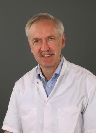 Dr. Marinus J.P.G. van Kroonenburgh