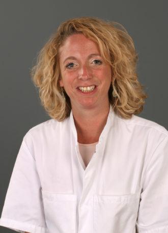 Dr. Judith van Loon