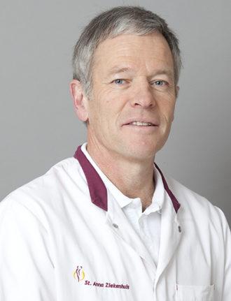 Drs. Jan Kees Kneppelhout