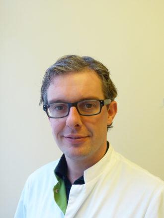 Dr. M. Landman