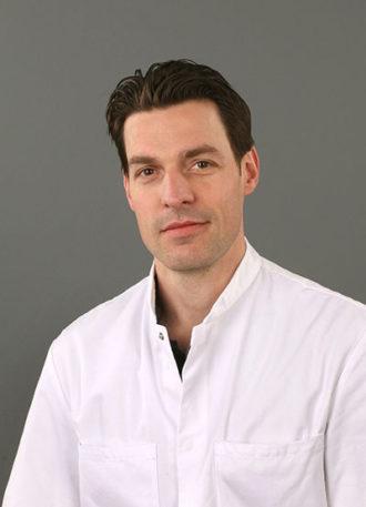Drs. Tom van Mulken