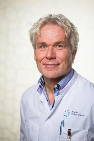 Dr. M.J. van Henten