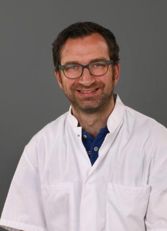 Dr. Bart de Vries