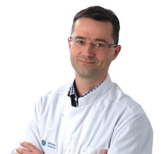 Dr. Laurence L.J.C van Warmerdam