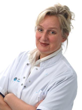 Drs. Yvonne Y.E.A van Riet