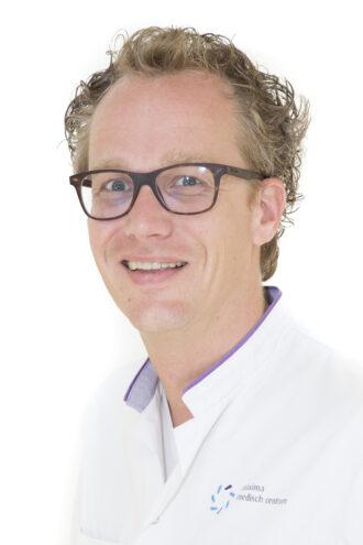 Dr. S.F.P.J. Coppus
