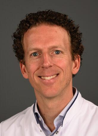 Dr. M. Kramer